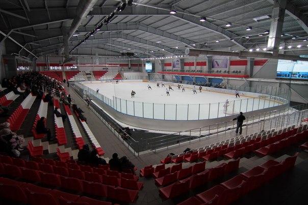 Ледовый дворец Псков. Вид изнутри