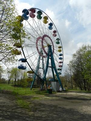 колесо обозрения в Пскове