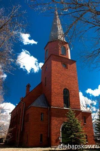 Церковь в Печорах
