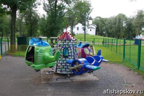 Дети. Детский парк Пскова