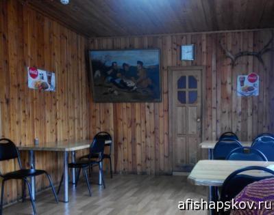 Кафе «Партизанская слава» на трассе М-20: рога и баранина