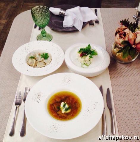 Где пообедать в Пскове