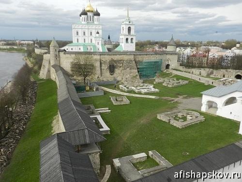 Власьевская башня Псков