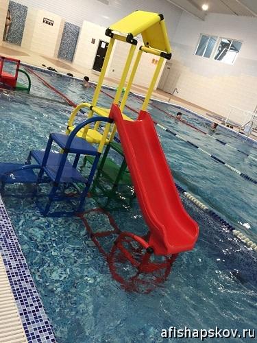 Детская зона бассейн писковичи