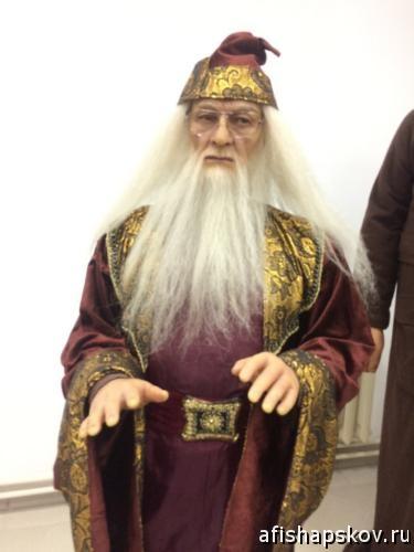 Выставка восковых фигур Псков