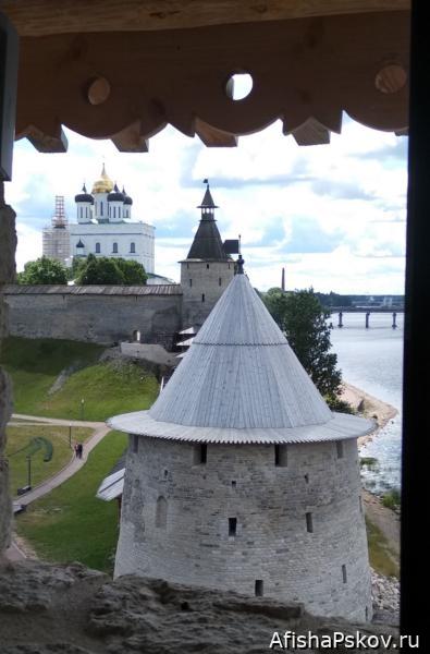 Варлаамовская башня Псков