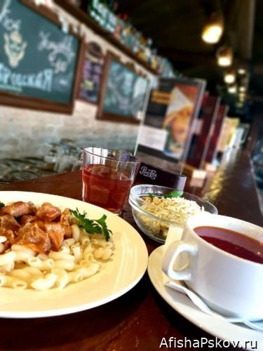 Бизнес-ланч Псков в кафе Старая крепость